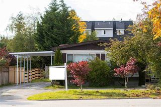 """Photo 2: 743 CASCADE Crescent in Gibsons: Gibsons & Area Manufactured Home for sale in """"Creekside"""" (Sunshine Coast)  : MLS®# R2409801"""
