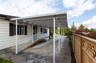 """Photo 16: 743 CASCADE Crescent in Gibsons: Gibsons & Area Manufactured Home for sale in """"Creekside"""" (Sunshine Coast)  : MLS®# R2409801"""