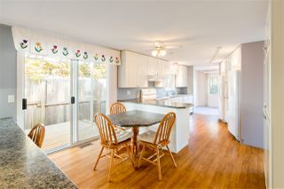 """Photo 6: 743 CASCADE Crescent in Gibsons: Gibsons & Area Manufactured Home for sale in """"Creekside"""" (Sunshine Coast)  : MLS®# R2409801"""