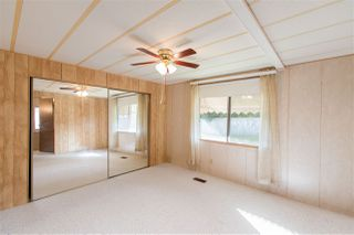"""Photo 9: 743 CASCADE Crescent in Gibsons: Gibsons & Area Manufactured Home for sale in """"Creekside"""" (Sunshine Coast)  : MLS®# R2409801"""