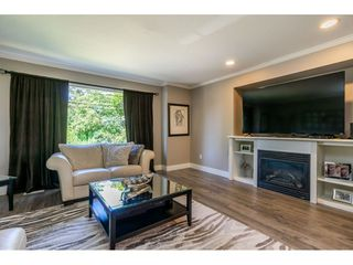 Photo 6: 27390 30 Avenue in Langley: Aldergrove Langley House for sale : MLS®# R2414680