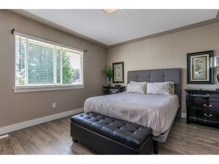 Photo 7: 27390 30 Avenue in Langley: Aldergrove Langley House for sale : MLS®# R2414680