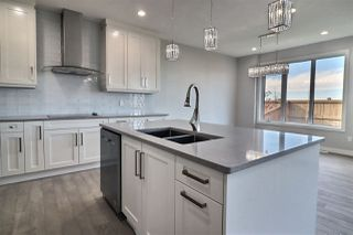 Photo 9: 17242 65A Street in Edmonton: Zone 03 House for sale : MLS®# E4183189