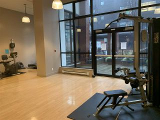"""Photo 9: 1204 977 MAINLAND Street in Vancouver: Yaletown Condo for sale in """"YALETOWN PARK 3"""" (Vancouver West)  : MLS®# R2432515"""