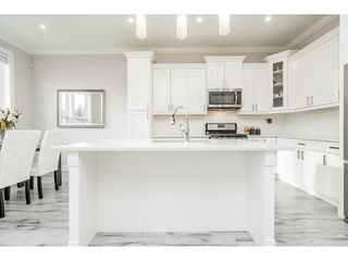 Photo 6: 4400 STEPHEN LEACOCK Drive in Abbotsford: Abbotsford East House for sale : MLS®# R2445104