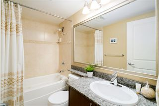 """Photo 17: 1510 892 CARNARVON Street in New Westminster: Downtown NW Condo for sale in """"Azurell"""" : MLS®# R2446533"""