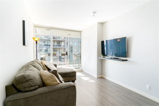 """Photo 8: 1510 892 CARNARVON Street in New Westminster: Downtown NW Condo for sale in """"Azurell"""" : MLS®# R2446533"""