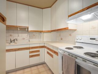 """Photo 10: 302 625 HAMILTON Street in New Westminster: Uptown NW Condo for sale in """"CASA DEL SOL"""" : MLS®# R2478937"""