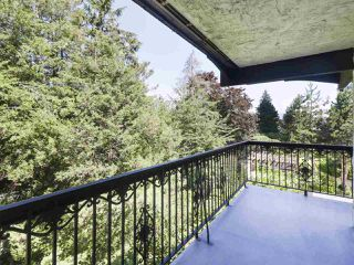"""Photo 2: 302 625 HAMILTON Street in New Westminster: Uptown NW Condo for sale in """"CASA DEL SOL"""" : MLS®# R2478937"""