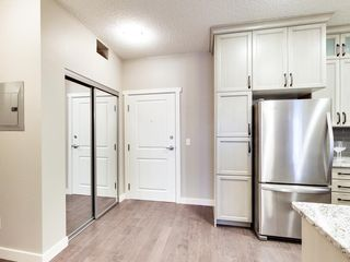 Photo 3: 103 12804 140 Avenue in Edmonton: Zone 27 Condo for sale : MLS®# E4207754
