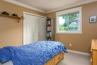 Photo 11: 13050 20 AVENUE in South Surrey White Rock: Crescent Bch Ocean Pk. Home for sale ()  : MLS®# R2382362