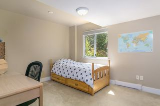 Photo 17: 13050 20 AVENUE in South Surrey White Rock: Crescent Bch Ocean Pk. Home for sale ()  : MLS®# R2382362