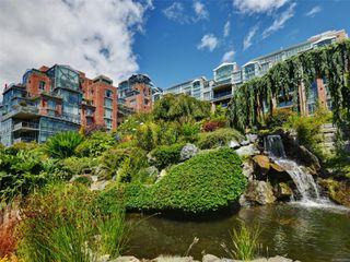 Photo 1: 727 21 Dallas Rd in : Vi James Bay Condo for sale (Victoria)  : MLS®# 857987
