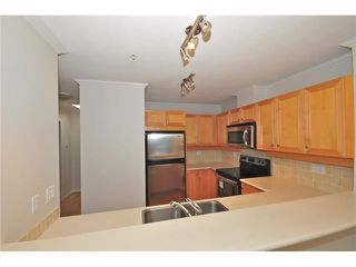 Photo 4: 413 2929 W 4TH Avenue in Vancouver: Kitsilano Condo for sale (Vancouver West)  : MLS®# V847087