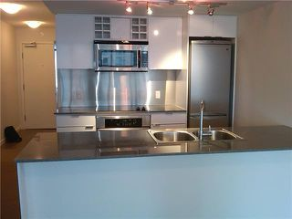 "Photo 5: 505 233 ROBSON Street in Vancouver: Downtown VW Condo for sale in ""TV TOWERS"" (Vancouver West)  : MLS®# V854549"