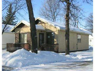 Photo 1: 59 BANK Avenue in WINNIPEG: St Vital Residential for sale (South East Winnipeg)  : MLS®# 2702005