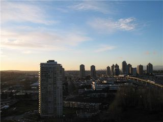 """Photo 2: 2302 2133 DOUGLAS Road in Burnaby: Brentwood Park Condo for sale in """"PERSPECTIVES"""" (Burnaby North)  : MLS®# V864191"""