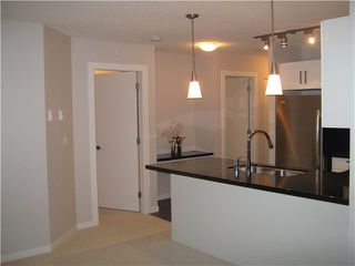 """Photo 4: 2302 2133 DOUGLAS Road in Burnaby: Brentwood Park Condo for sale in """"PERSPECTIVES"""" (Burnaby North)  : MLS®# V864191"""