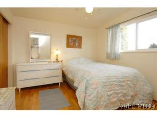 Photo 12: 4320 Savoy Pl in : SW Royal Oak House for sale (Saanich West)  : MLS®# 495355