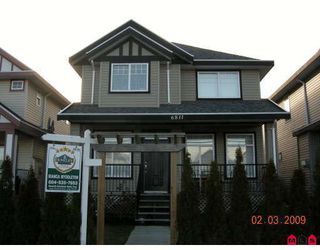 "Photo 1: 6811 192ND Street in Surrey: Clayton House for sale in ""CLAYTON VILLAGE"" (Cloverdale)  : MLS®# F2904006"