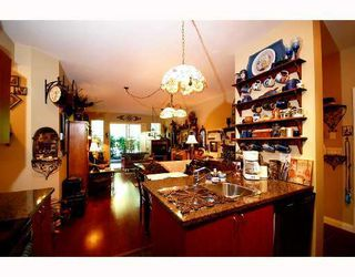 Photo 2: 104 2346 MCALLISTER Street in Port_Coquitlam: Central Pt Coquitlam Condo for sale (Port Coquitlam)  : MLS®# V757313