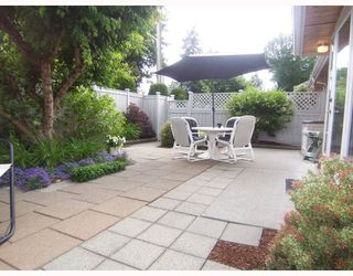 """Photo 9: 23 11950 LAITY Street in Maple_Ridge: West Central Townhouse for sale in """"THE MAPLES"""" (Maple Ridge)  : MLS®# V773748"""