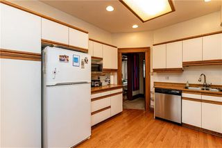 Photo 10: 829 McMillan Avenue in Winnipeg: Residential for sale (1B)  : MLS®# 1925074