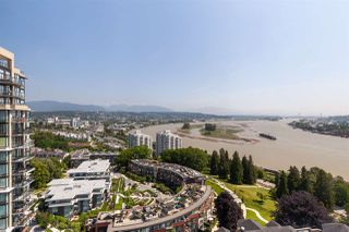 "Photo 1: 2003 11 E ROYAL Avenue in New Westminster: Fraserview NW Condo for sale in ""Victoria Hill"" : MLS®# R2406814"