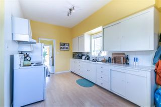 Photo 13: 1561 KITCHENER Street in Vancouver: Grandview Woodland House for sale (Vancouver East)  : MLS®# R2407916