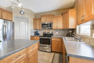 Photo 12: 2643 TAYLOR Green in Edmonton: Zone 14 House for sale : MLS®# E4179359