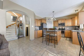 Photo 9: 2643 TAYLOR Green in Edmonton: Zone 14 House for sale : MLS®# E4179359