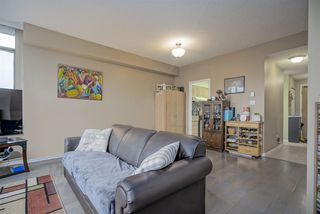 "Photo 2: 905 5885 OLIVE Avenue in Burnaby: Metrotown Condo for sale in ""METROPOLITAN"" (Burnaby South)  : MLS®# R2428236"