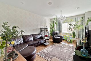 Photo 2: 57 1055 RIVERWOOD Gate in Port Coquitlam: Riverwood Townhouse for sale : MLS®# R2431155