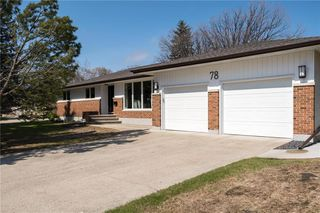 Photo 1: 78 Algonquin Avenue in Winnipeg: Algonquin Park Residential for sale (3G)  : MLS®# 202005039