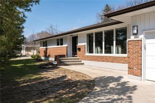 Photo 2: 78 Algonquin Avenue in Winnipeg: Algonquin Park Residential for sale (3G)  : MLS®# 202005039