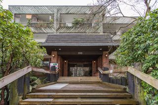 Photo 3: 204 550 E 6TH Avenue in Vancouver: Mount Pleasant VE Condo for sale (Vancouver East)  : MLS®# R2447080