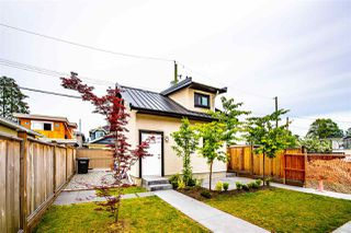 Photo 18: 45 E 53RD Avenue in Vancouver: South Vancouver House for sale (Vancouver East)  : MLS®# R2465307