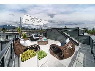 Photo 23: 421 525 E 2ND STREET in North Vancouver: Lower Lonsdale Townhouse for sale : MLS®# R2461578