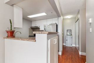 """Photo 9: 801 828 AGNES Street in New Westminster: Downtown NW Condo for sale in """"Westminster Towers"""" : MLS®# R2470538"""