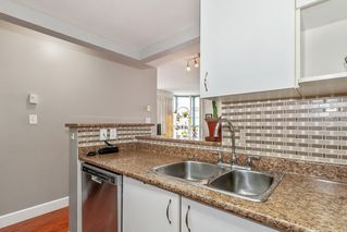 """Photo 7: 801 828 AGNES Street in New Westminster: Downtown NW Condo for sale in """"Westminster Towers"""" : MLS®# R2470538"""