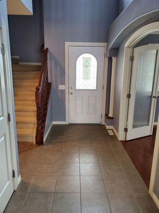 Photo 2: 18124 105 Street in Edmonton: Zone 27 House for sale : MLS®# E4206172