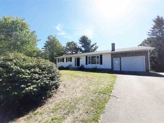 Photo 1: 1470 Highway 1 in Auburn: 404-Kings County Residential for sale (Annapolis Valley)  : MLS®# 202017283