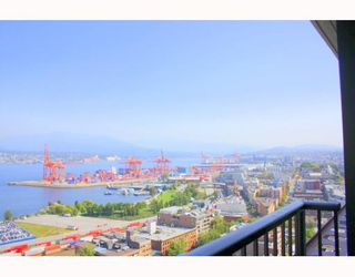 """Photo 10: 2902 128 W CORDOVA Street in Vancouver: Downtown VW Condo for sale in """"WOODWARDS W 43"""" (Vancouver West)  : MLS®# V784693"""