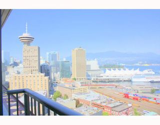 """Photo 9: 2902 128 W CORDOVA Street in Vancouver: Downtown VW Condo for sale in """"WOODWARDS W 43"""" (Vancouver West)  : MLS®# V784693"""