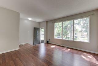 Photo 4: 8918 83 Avenue in Edmonton: Zone 18 House Half Duplex for sale : MLS®# E4213413