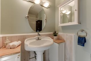 Photo 16: 8918 83 Avenue in Edmonton: Zone 18 House Half Duplex for sale : MLS®# E4213413