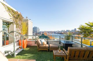 """Main Photo: B707 1331 HOMER Street in Vancouver: Yaletown Condo for sale in """"Pacific Point"""" (Vancouver West)  : MLS®# R2515281"""