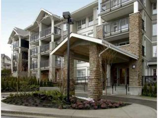 """Photo 1: 411 9233 GOVERNMENT Street in Burnaby: Government Road Condo for sale in """"SANDLEWOOD"""" (Burnaby North)  : MLS®# V792895"""