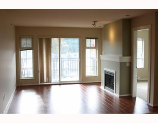 """Photo 2: 411 9233 GOVERNMENT Street in Burnaby: Government Road Condo for sale in """"SANDLEWOOD"""" (Burnaby North)  : MLS®# V792895"""