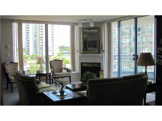 "Photo 2: 1003 739 PRINCESS Street in New Westminster: Uptown NW Condo for sale in ""BERKLEY PLACE"" : MLS®# V837380"
